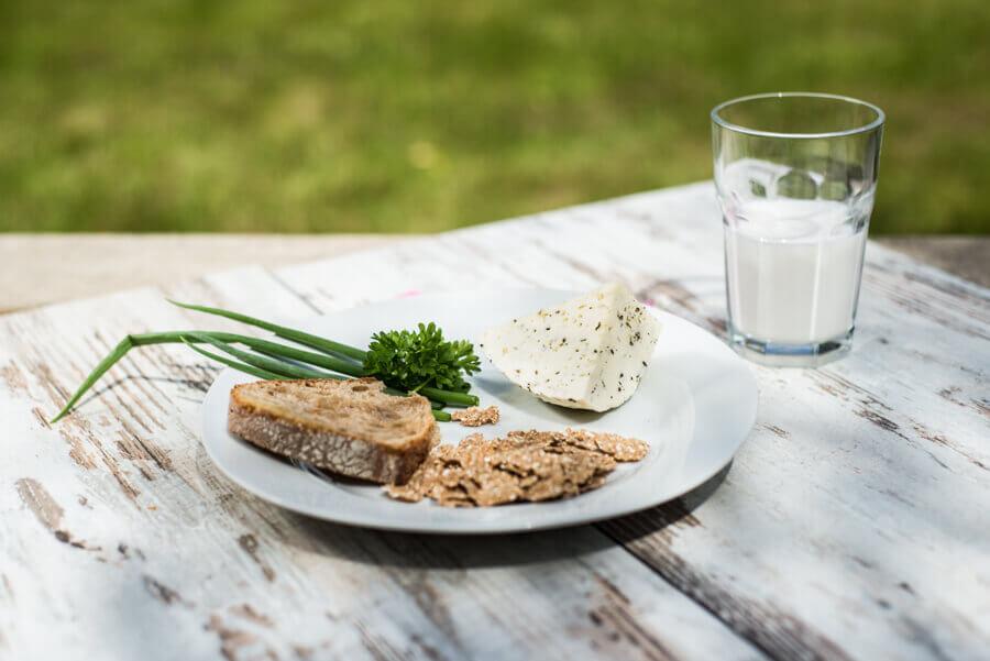 Ser z kminkiem – pyszny nie tylko smażony